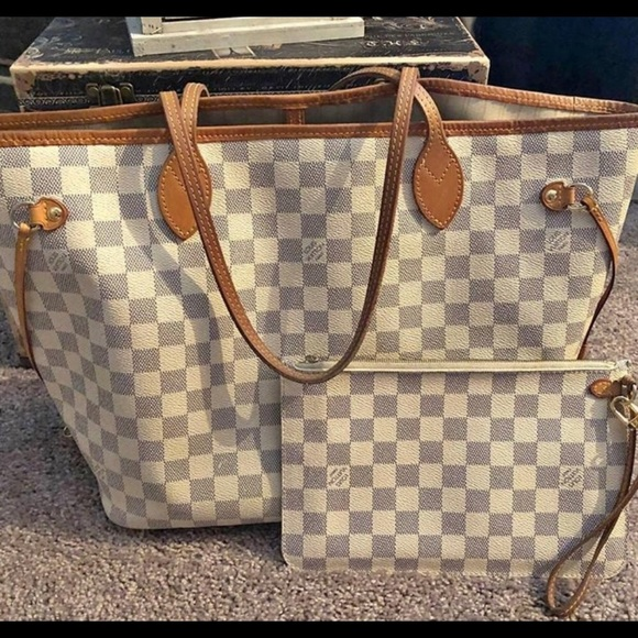 Louis Vuitton Handbags - Authentic Louis Vuitton Neverfull MM